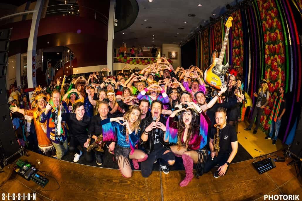 Carnaval Flepsteppers Theaters Tilburg met SESSION